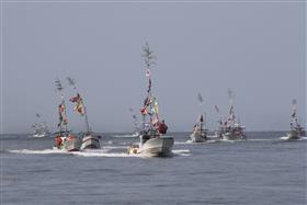 海上パレードの様子